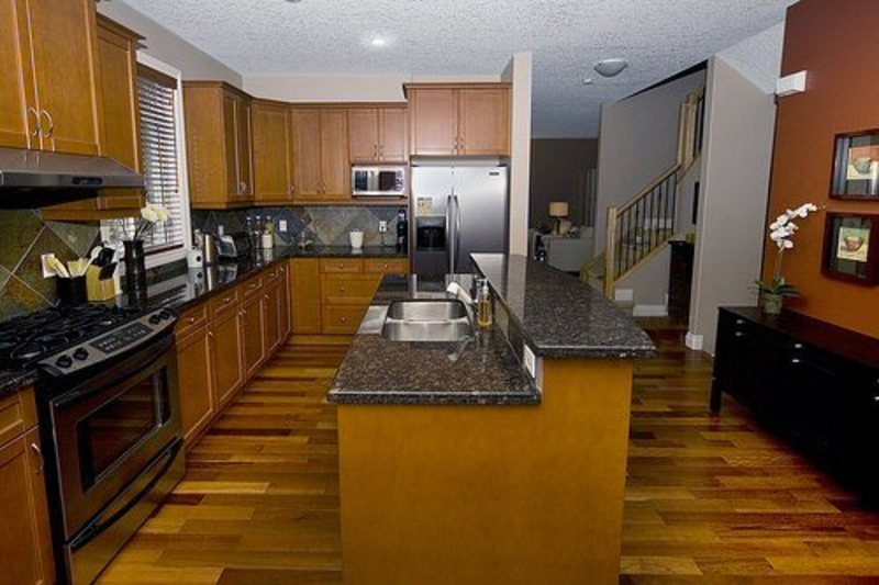 Kitchen gallery brooklyn granite - Counter island designs ...